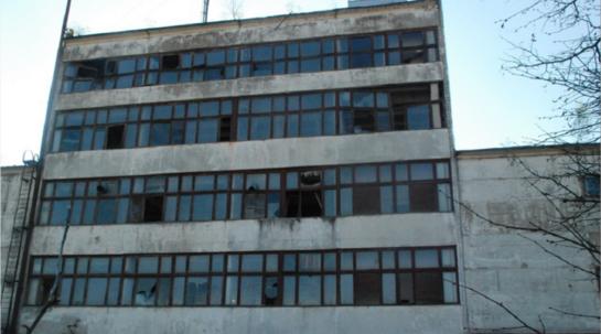 Kas pasirūpins saugia aplinka mieste dėl apleistų, nenaudojamų pastatų?