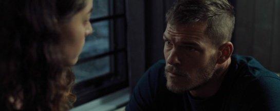 """Filmo apžvalga: """"Virš šešėlių"""" (2019)"""