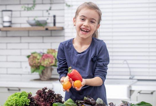 Vitaminų ir mineralų trūkumą gali išduoti ir pasikeitęs vaikų elgesys