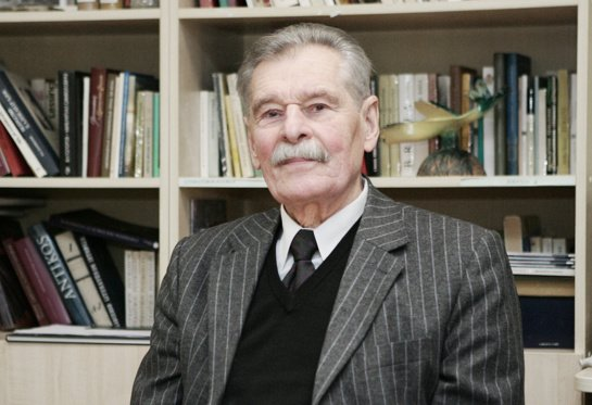 VU Šiaulių akademijos profesoriui emeritui K. Župerkai – Petro Būtėno ir jo mokinės Aleksandros Kazickienės atminimo premija
