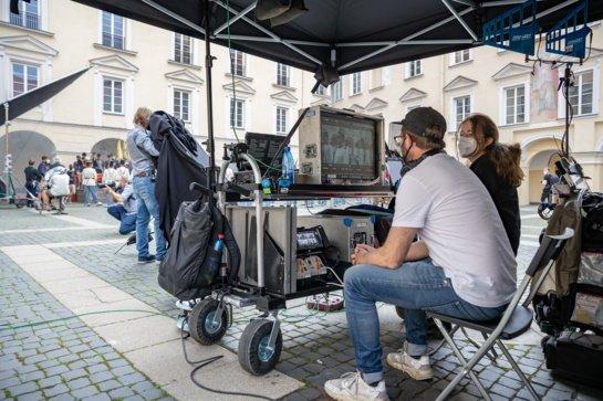Vokietijos kompanija Lietuvoje filmuoja serialą: karališkuosius Hofburgo rūmus atrado Vilniuje