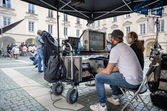Filmavimo darbai Vilniaus centre: XIX amžiaus Austrija atkuriama šalia Lietuvos Nacionalinės filharmonijos