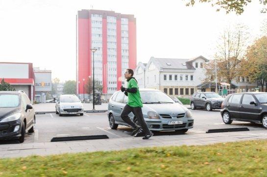 Tradicinės studentų lenktynės vėl patikrins eismo sąlygas