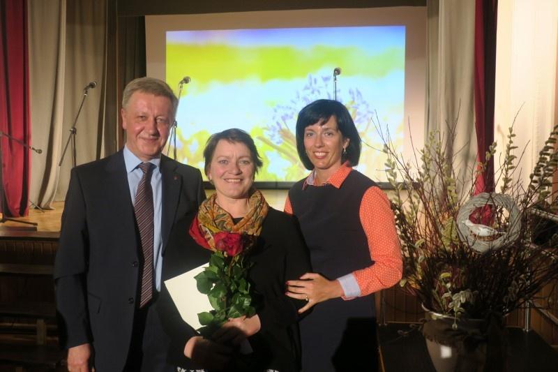 Tarptautinės kultūros dienos proga pasveikinti Joniškio rajono kultūros puoselėtojai