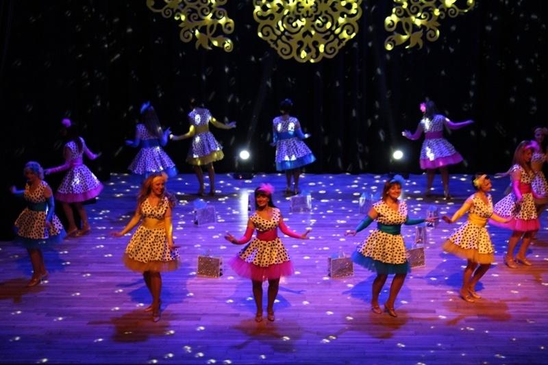 """Pagėgiškiai pasirodė šokių festivalyje """"Šokio sūkury"""" (FOTO)"""