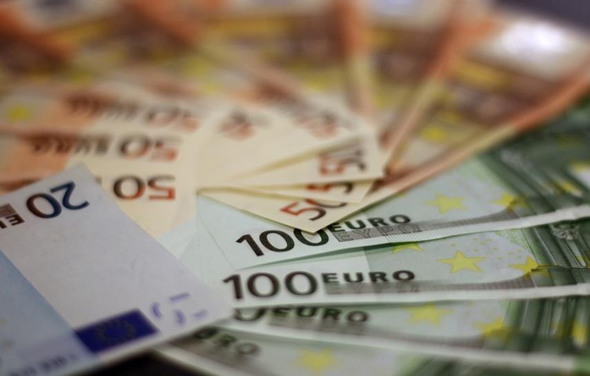Ukrainietis prarado rankinę su beveik 16 tūkst. eurų