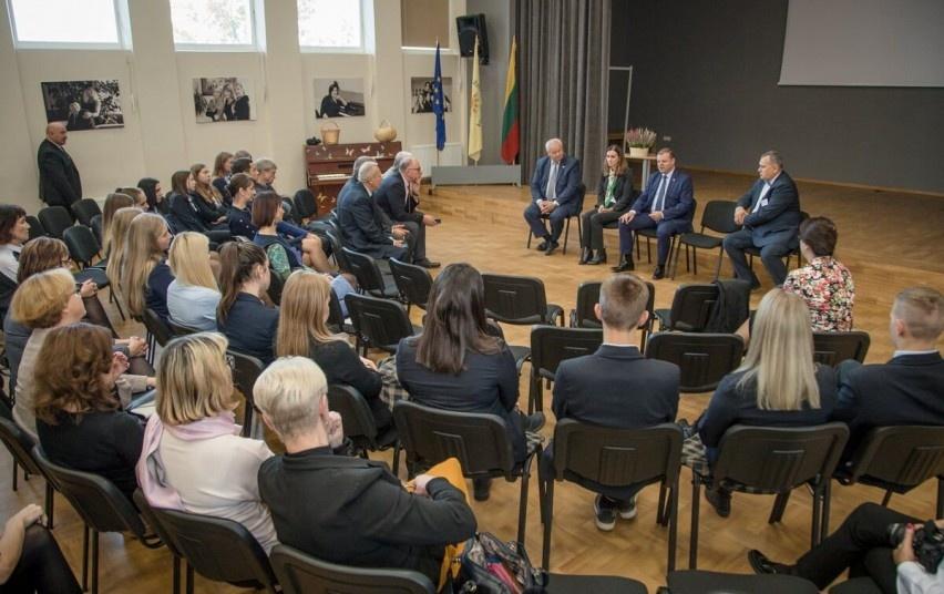 Premjeras Saulius Skvernelis: pažadus regionams tęsiame ir tesėsime toliau