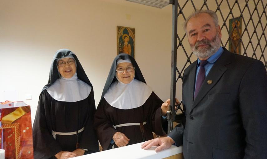 Didžiųjų švenčių belaukiant – nuoširdi mero padėka vienuolėms