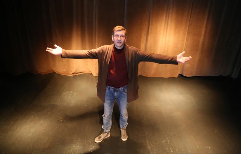Šis pavasaris ypatingas: atgimsta Utenos kamerinis teatras