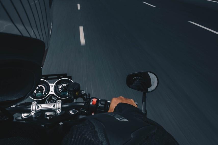 Ignalinos rajone motociklininkas susidūrė su stirna