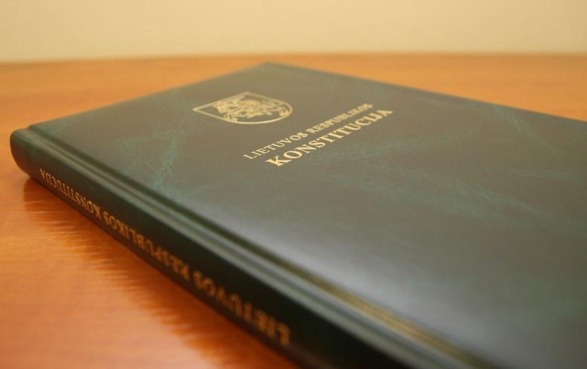 Tradicija tęsiasi – bus išrinkti geriausi Lietuvos Respublikos Konstitucijos žinovai