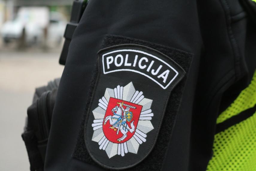 Šilalės rajone vyras sudavė policijos pareigūnui