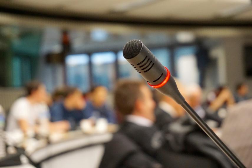 Interpeliacija nepavyko: administracijos direktorius B. Sakalauskas išsaugojo postą