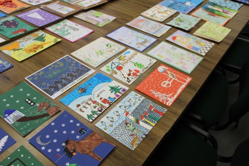Kalėdinių atvirukų konkurse – šventinės pasieniečių miniatiūros