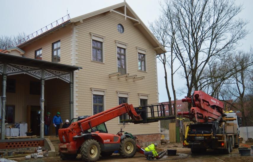 Sulaukę finansavimo Palangos Kurhauzo restauratoriai išorės darbus baigtų iki Velykų
