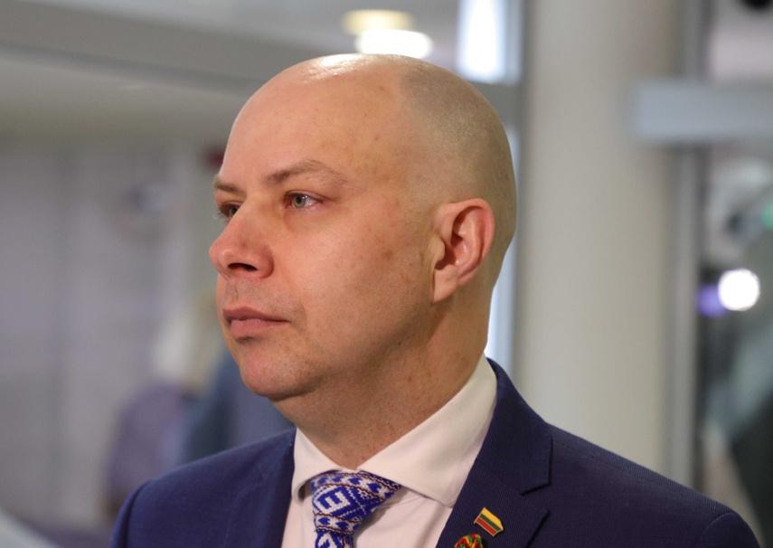 FNTT tyrime dėl greitųjų koronaviruso testų pirkimo bus apklaustas ir ministras A. Veryga