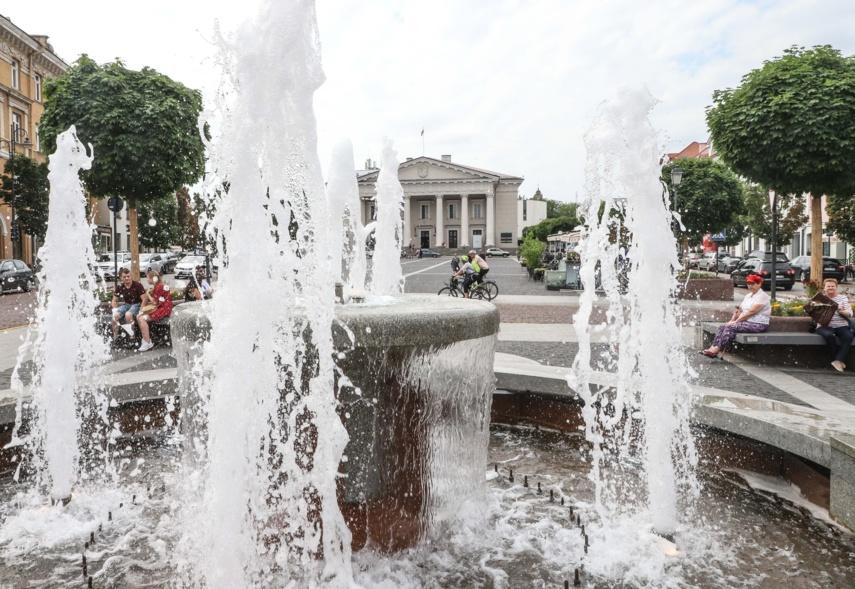 Intensyvėja buvusio fontano prie Seimo naujų šeimininkų paieškos