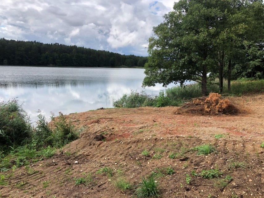 Atskleistas ciniškas Niedaus ežero kranto niokojimas