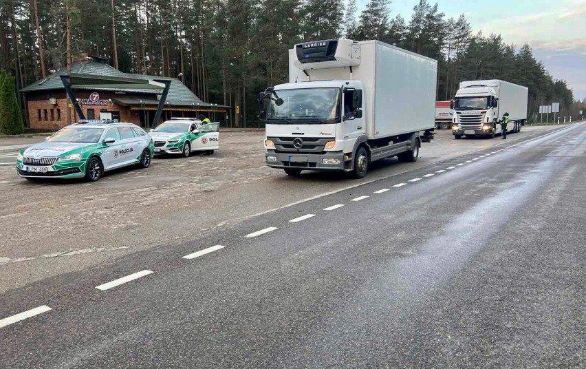 Dėmesio: pareigūnai tikrins krovininius automobilius ir autobusus