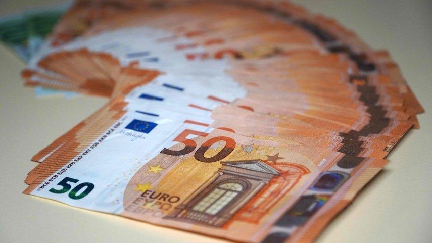Pernai partijos surinko per 700 tūkst. eurų nario mokesčio