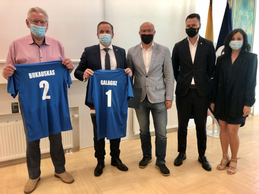 "Visagino futbolo plėtra patikėta Vilniaus ""Baltijos futbolo akademijai"""