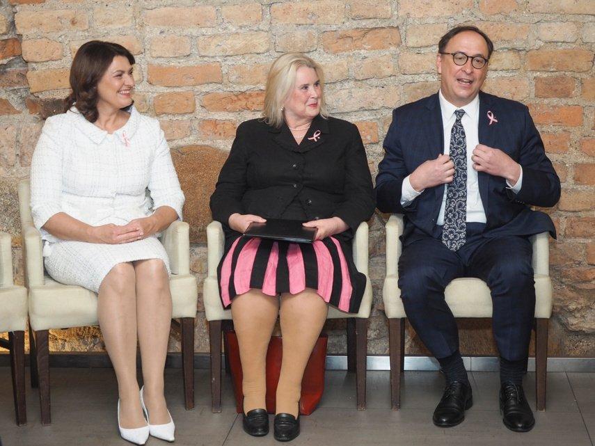 """Iniciatyvos """"Sužydėjusi viltis"""" pristatymo renginyje – iškilūs svečiai: tarp jų ir Pirmoji šalies ponia D. Nausėdienė"""