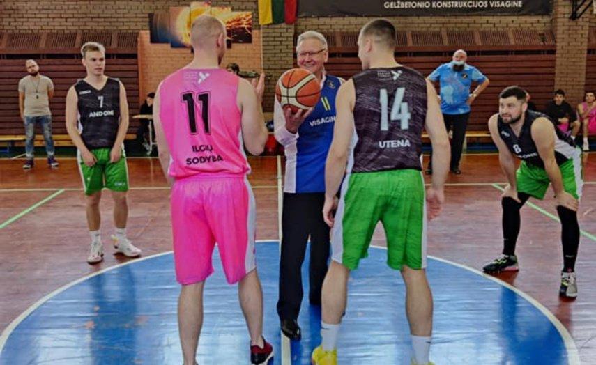 Oficialiai atidaryta Visagino krepšinio mokykla