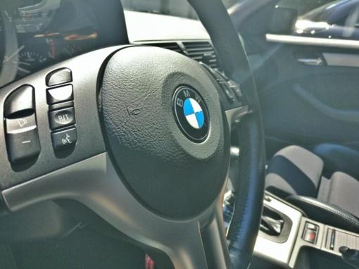 Kaune susidūrė du BMW automobiliai
