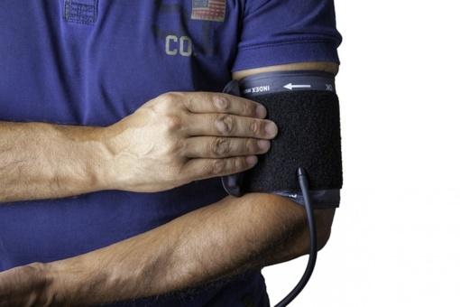 Pasimatuoti kraujo spaudimą nėra paprasta: 9 klaidos