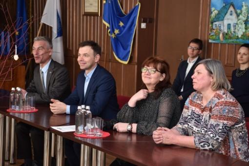 """Birštono ir Koryčino savivaldybės pradeda įgyvendinti bendrą projektą: numatoma sutvarkyti lopšelio-darželio """"Vyturėlis"""" teritoriją"""