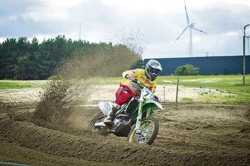 Lietuvos motokroso čempionato pirmasis etapas pasibaigė be didelių nuostolių