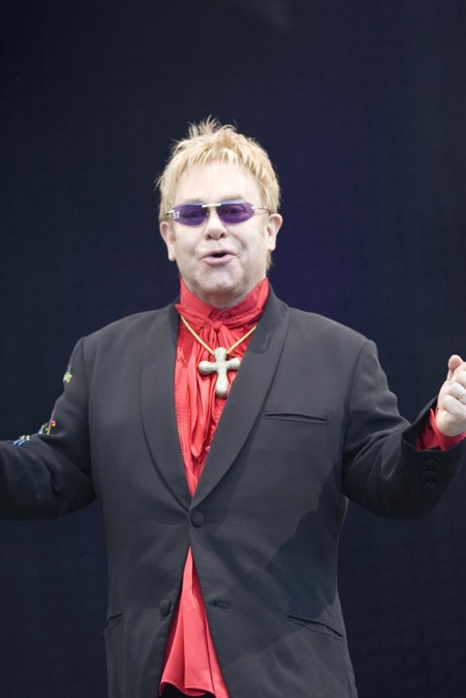 """Eltonas Johnas per gastroles pasigavo """"potencialiai mirtiną"""" infekciją"""
