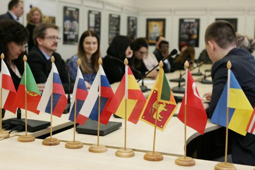 """Šiaulių universiteto """"Tarptautinėje savaitėje"""" – dėstytojai iš 19 pasaulio šalių"""