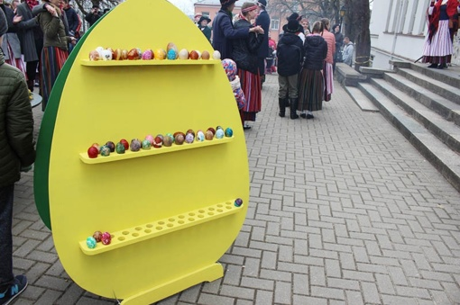 Telšiuose per Atvelykį – kiaušinienė iš 300 kiaušinių