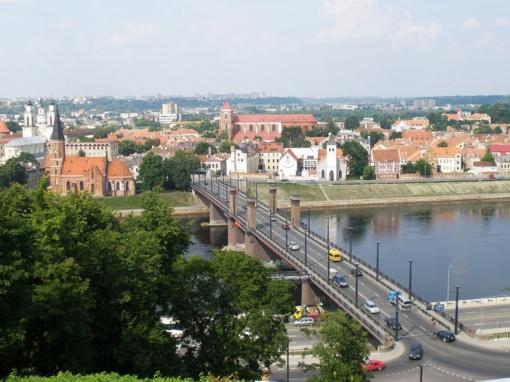 Automobilių stovėjimas Kauno centre nuo vasaros - žymiai brangesnis