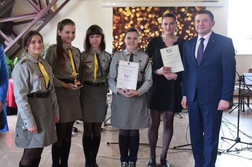 Išdalinti jaunimo apdovanojimai