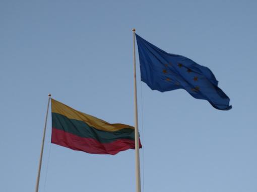 Ministras Pirmininkas Saulius Skvernelis sveikina visus šalies gyventojus su Lietuvos įstojimo į Europos Sąjungą (ES) diena