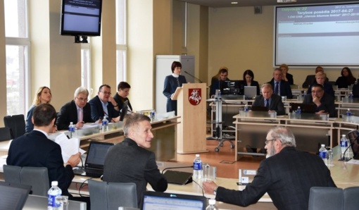 Utenos rajono savivaldybės tarybos posėdyje – 53 aktualūs klausimai