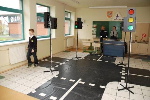 """Pradinių (1-4) klasių mokinių konkurso """"Šviesoforas"""" II etapo rezultatai"""