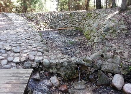 Ištirta Medžiukalnio šaltinio vandens kokybė
