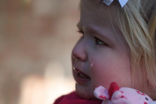 Šilutėje pro langą iškrito mažametė mergaitė