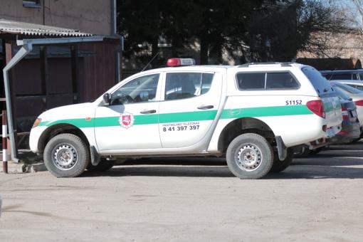 Kauno rajone sumušus vyrą, pavogtas jam priklausantis BMW automobilis