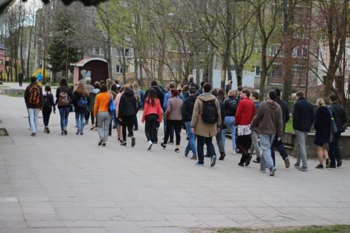 """Europos jaunimo savaitės dalyviai patyrė """"Pietinia Kronikas"""" gyvai su R. Kmita"""