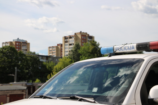 Policija tikrins vairuotojų blaivumą ir važiavimo greitį