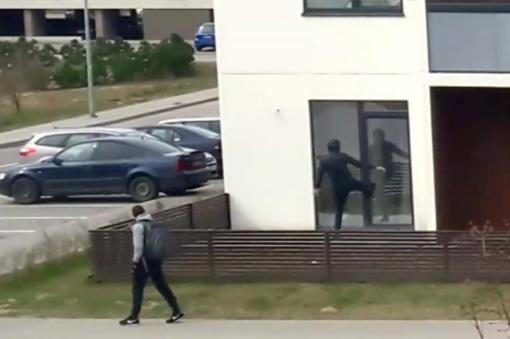 Policija sulaikė nepilnamečius įsibrovėlius