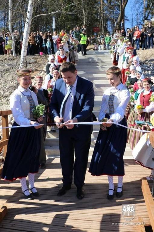 Savivaldybės atstovai sveikino Latviją su Nepriklausomybės atkūrimo diena
