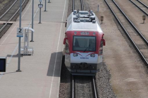 Penktadieniais traukinių keleiviai iš pajūrio važiuos pigiau