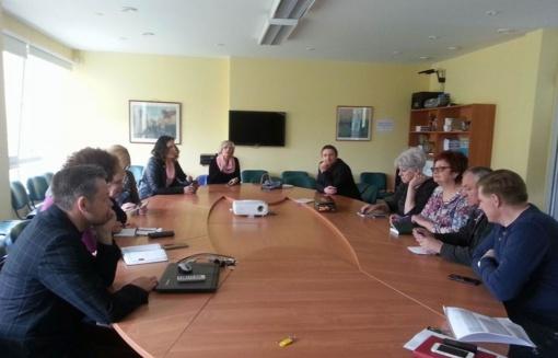 Šiaulių regiono savivaldybių specialistai susipažino su budinčių globėjų programa