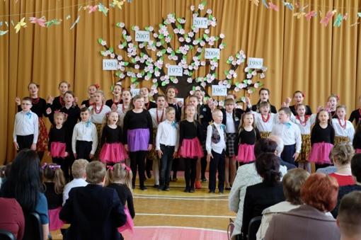 Medininkų gimnazijos inauguracija įkvėpta pasididžiavimu savo mokykla ir darbais
