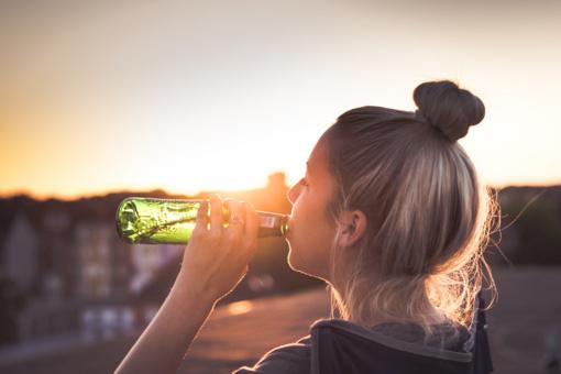 Psichologas G. Navaitis apie alkoholio ribojimus: visuomenė nėra ligonių grupė